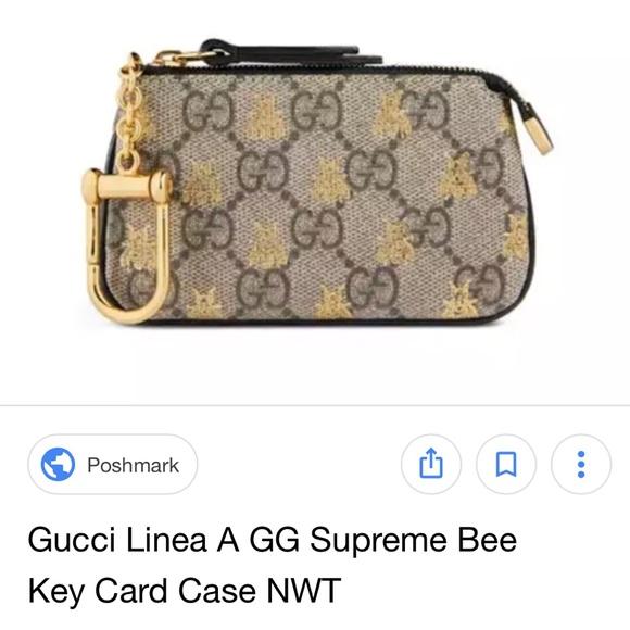 35fef08a957 Gucci Accessories - Gucci linea A GG Supreme bee key pouch !!!ISO!